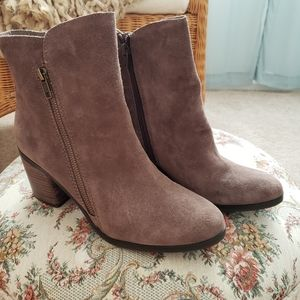 Crown Vintage Boots Sunny